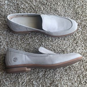NWOT Timberland Taupe Loafers